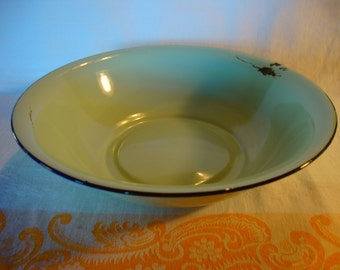 SALE Vintage enamel ware basin bowl jadeite green Sturdy Pines made in China