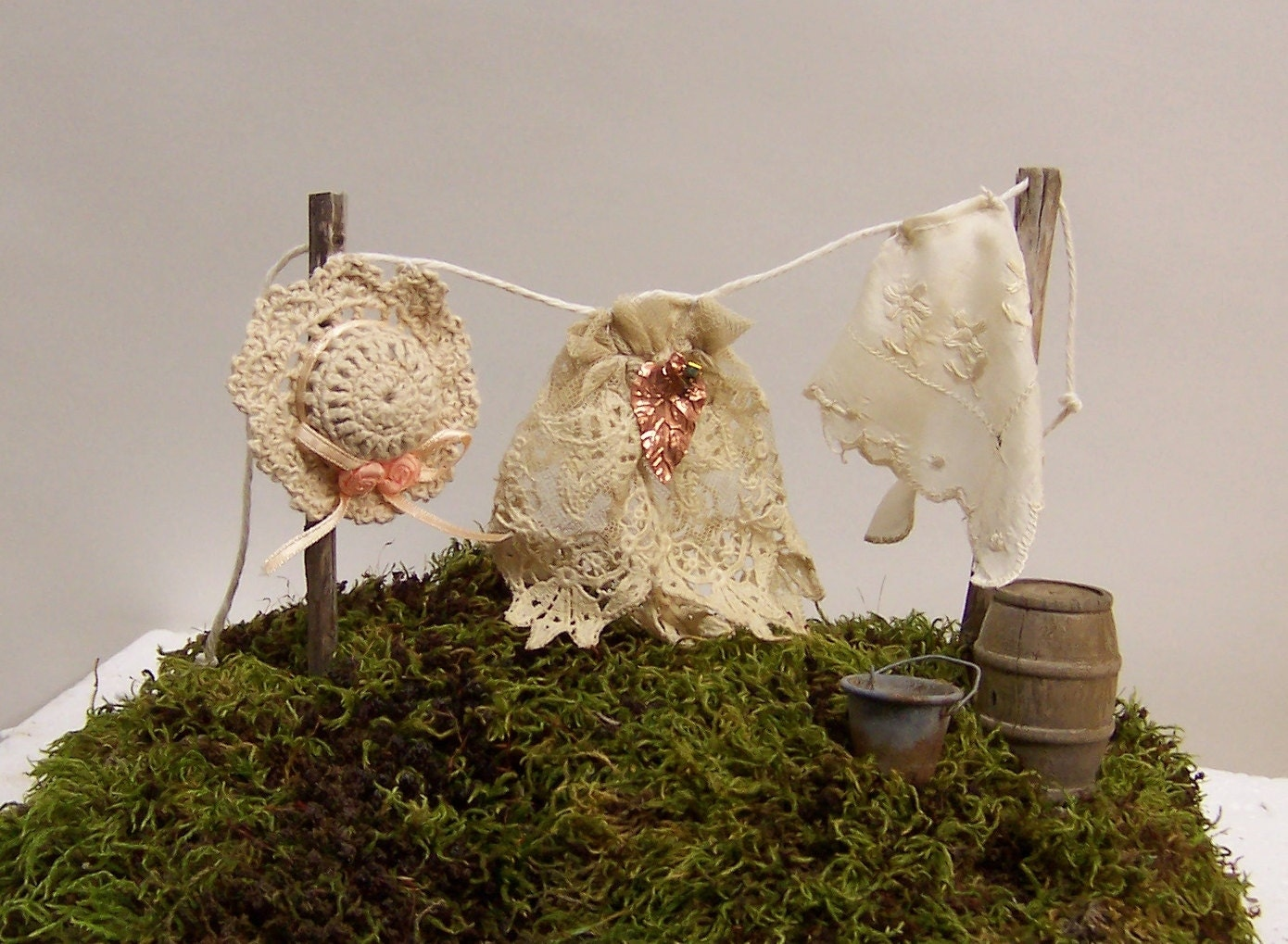 Fairy Garden Accessories Miniature Clothesline With Clothes