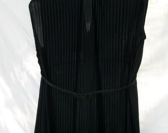 Vintage Chic Black - Accordion Dress -Classic 60s - Beautiful and So Soft and Classic