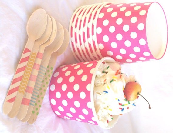25 Large ICE CReaM cups-PiNK with WHiTe DoTS-and 25 hand-stamped wooden spoons-full sized-choice of color/pattern