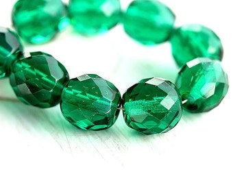10mm Czech Round beads - Emerald green fire polished, faceted glass beads - 6Pc - 0267