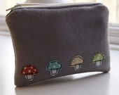 Handmade wool felt purse - applique purse - coin purse - made in the UK