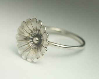 Flower Ring - Sterling Silver Flower Ring. Statement Ring. Made to order