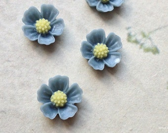 11 mm Grey Colour Little Resin Flower Cabochons  (.s)