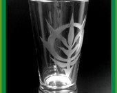 Zeon emblem drinking glass - Gundam Anime, Manga etched pint