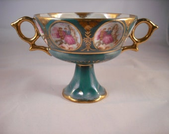 Royal Sealy Double Handled Pedestal Cup