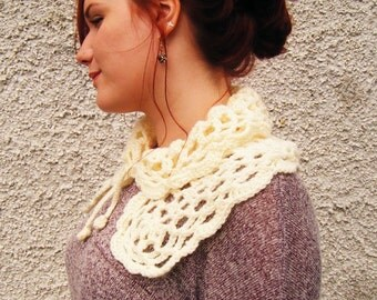 Winter White Crochet Collar