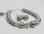 Gray Pearl and Rhinestone Bracelet , Gray Pearl Bracelet and earrings, Bridal Jewelry, Gray Bridesmaids Bracelet, Bracelet and Earrings set.