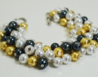 Pearl Cluster Bracelet, White, Black and Yellow Pearl Cluster Bracelet, bridal jewelry, bridesmaids gift, chunky bracelet, pearl bracelet,