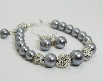 Gray Pearl and Rhinestone Bracelet , Gray Pearl Bracelet and earrings, Bridal Jewelry, Gray Bridesmaids Bracelet, Bracelet and Earrings set.