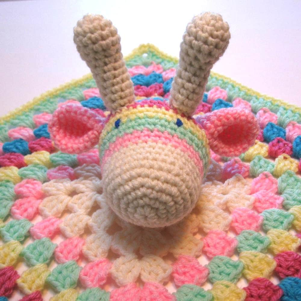 Crochet Pattern For Baby Security Blanket : Crochet baby security blanket. Giraffe. Baby girl lovey.