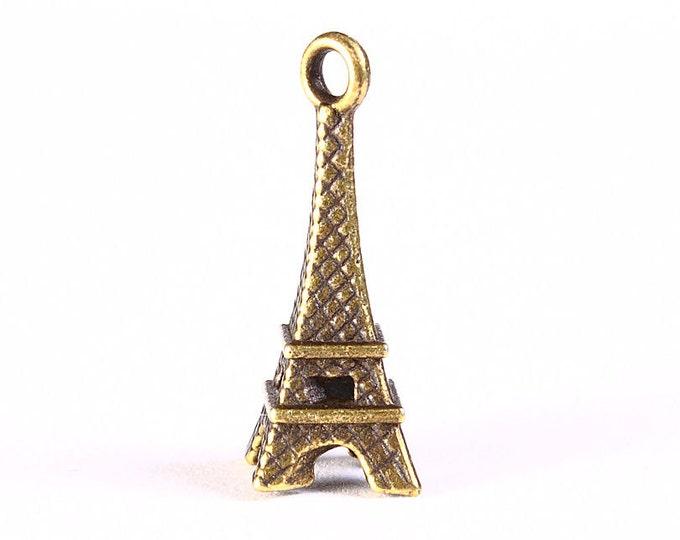 Antique brass Eiffel Tower charm - Paris charm - Tour Eiffel pendant - 25mm x 9mm (1255) - Flat rate shipping