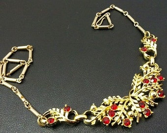 "Red Rhinestone Choker Necklace Gold Bar Link Chain Floral Design 16"" Holidays 1940s-50s Vintage"