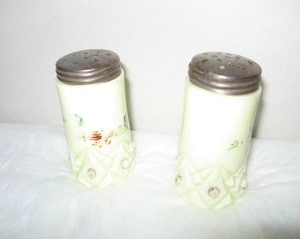NORTHWOOD CUSTARD GLASS Salt & Pepper Shakers Vintage Antique 1800's Milk Glass epsteam Custard Glass