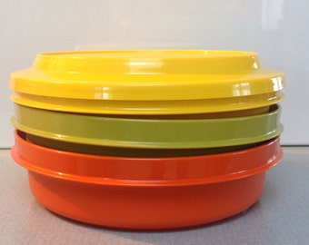 Vintage Tupperware stackable bowls