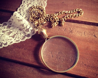 1 - Shiny Gold Brass Monocle Magnifying Glass Pendant Charm REALLY WORKS Shiny Gold Brass Vintage Style Jewelry Supplies (BA048)