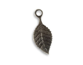 Vintaj 22mm Delicate Leaf Charm (2)