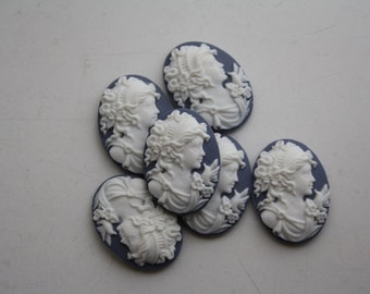 6 unset lady cameos - white on Lilac bluish grayish- 25x18mm