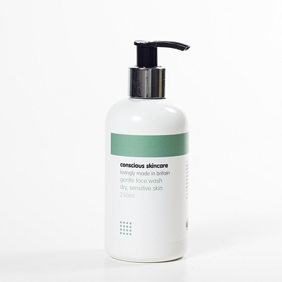 Organic Face Wash for Dry, Sensitive Skin. 250ml size. Natural and Organic Skin Care, Chemical Free. Vegan Friendly.