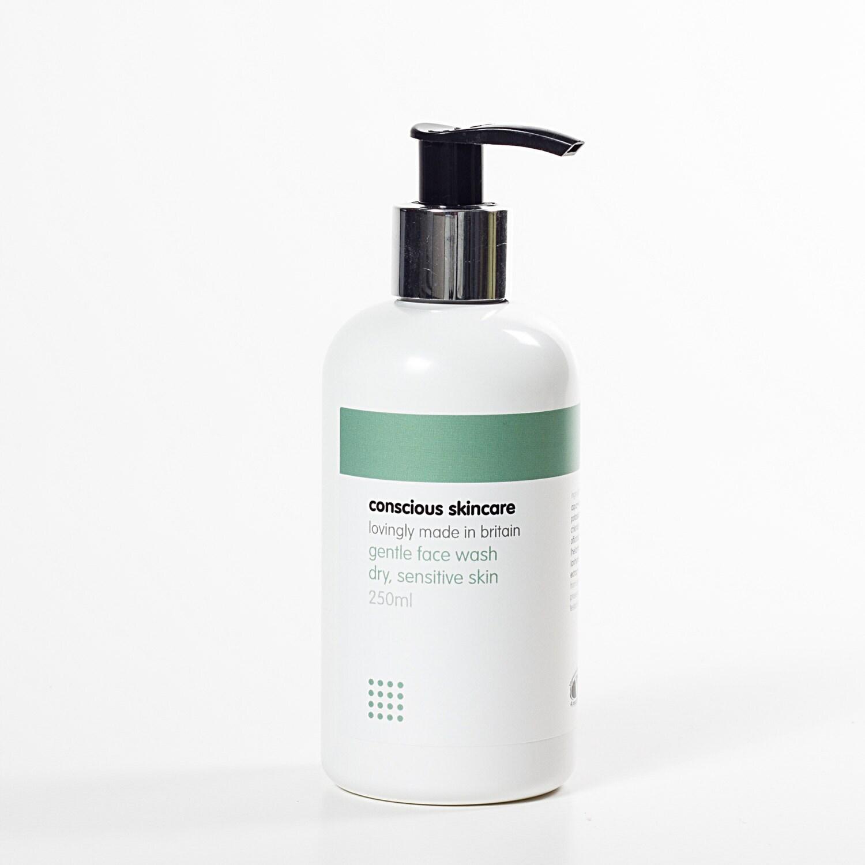 Sensitive Skin: Organic Face Wash For Dry Sensitive Skin. 30ml SAMPLE Size