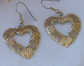 Earrings - Hearts - Sterling Silver - Gold Plating - Dangle Earrings - Valentine Gift - Vintage