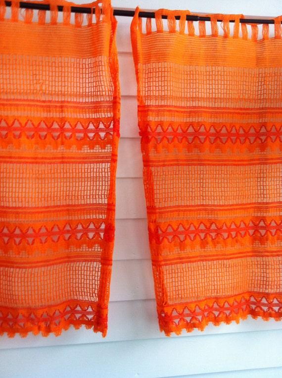 vintage orange gardinen orange stricken gardinen orange zu. Black Bedroom Furniture Sets. Home Design Ideas