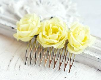 Wedding hair comb, Yellow hair accessories, Hair flowers, Wedding hair accessory, Bridal comb, Flower comb, Rose comb, Hair roses, Silk 71