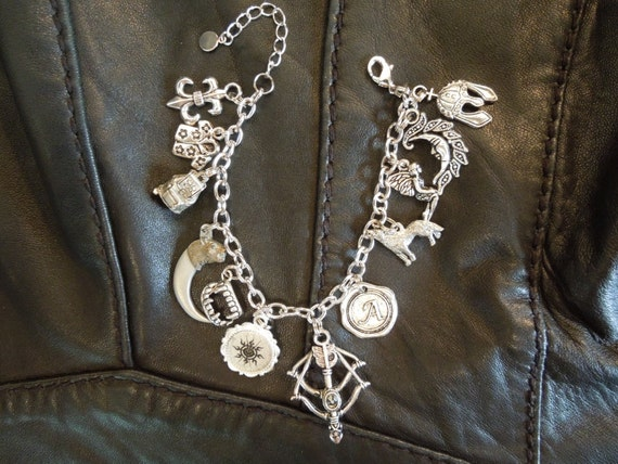 Dark-Hunter Inspired Charm Bracelet - Acheron