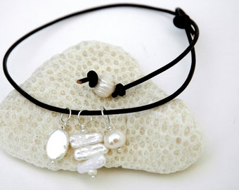 Leather Choker, Pearl Necklace, White Freshwater pearl, June Birthday, Leather Pearl necklace