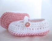 Baby Girl Shoes / Slippers / Booties - Light Pink & White - YOUR choice size - (newborn - 12 months) - photo prop - children