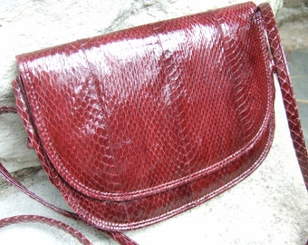 NEIMAN MARCUS Snakeskin Burgundy Shoulder Bag c 1980