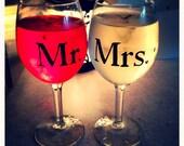 Mr. & Mrs. Wedding Wine Glasses