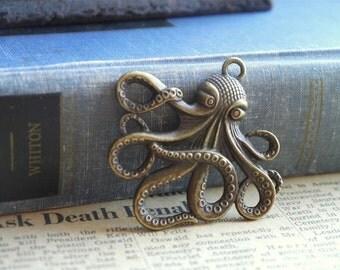 2 pcs Large Antique Bronze Octopus Charms Pendants (BC829)