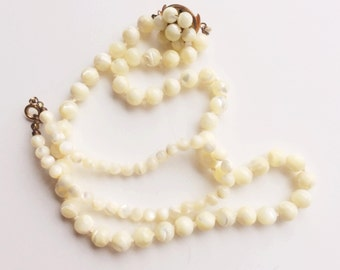 Vintage Mother of Pearl Necklace & Bracelet, Creamy Color Vintage Necklace Set, Bridal Jewelry