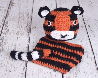 CLEARANCE Crochet Tiger Hat and Diaper Cover, Newborn SIze, Photography Prop