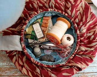 Vintage Hand made collapsible sewing bag.