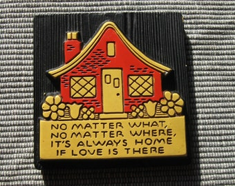 Chalkware Wall Hanging : Home is Where There is Love