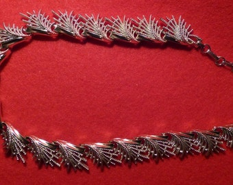 Vintage 1960's Silver Toned Coro Necklace