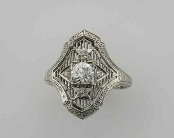 18 Karat White Gold Diamond Filigree Ring