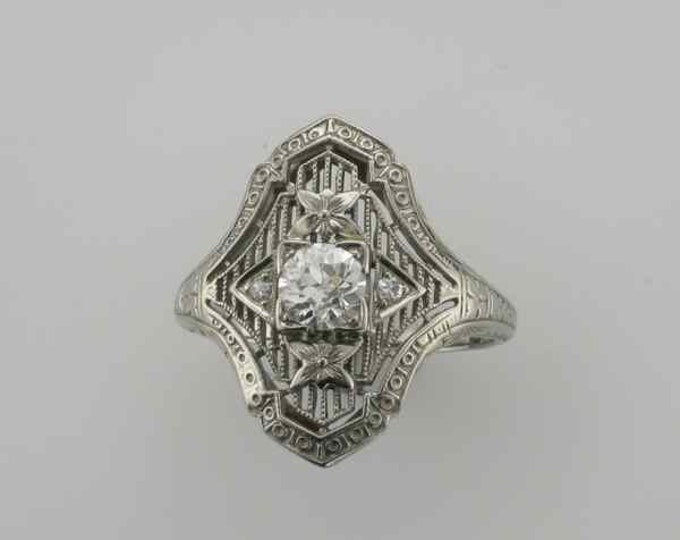 18 Karat White Gold Diamond Filigree Ring