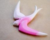 Schwalbe Brosche Pink White