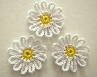 """1pc 3.5"""" Crochet White DAISY Applique"""