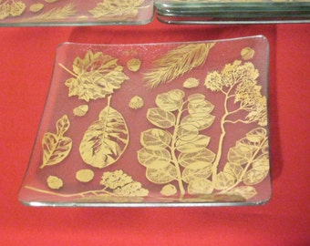 Gay Fad Snack Plates Gold Tone Acorns And Leaf Pattern