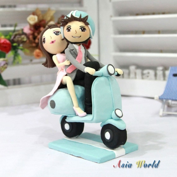 Matrimonio Tema Vespa : Torta de bodas novios arcilla en vespa tema por
