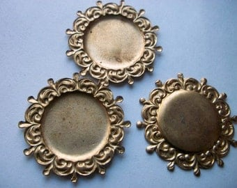 Vintage Ornate Brass 20mm Cabochon/ Cameo Settings x  3        # I I  14