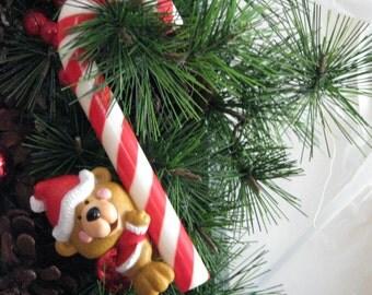 "Hallmark ""CHRISTMAS TREAT"" Tree Trimmer Ornament"