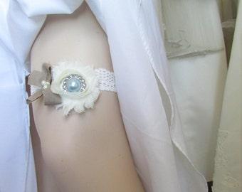 Ivory Lace Toss Garter /Wedding Garter / Bridal Garter