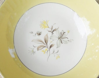 Vintage Farmhouse Yellow Serving Bowl, Shabby Chic, Cottage Style, Serving