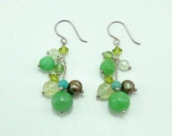 Green freshwater pearl,jade,beads,sterling silver silver earring hoop.