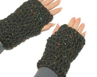 Chunky Wool Mittens, Black Winter Gloves, Crochet Black Gloves, WristWarmers Women, Womens Black Gloves, Fingerless Black Mittens